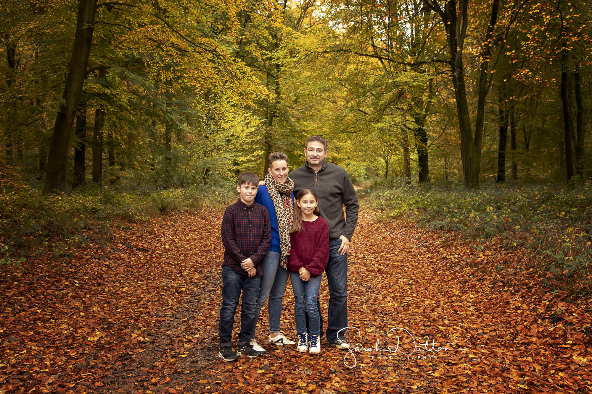 Outdoor Photography, Outdoor Photographer, Autumn photography, autumn family photos, Photographer Basingstoke