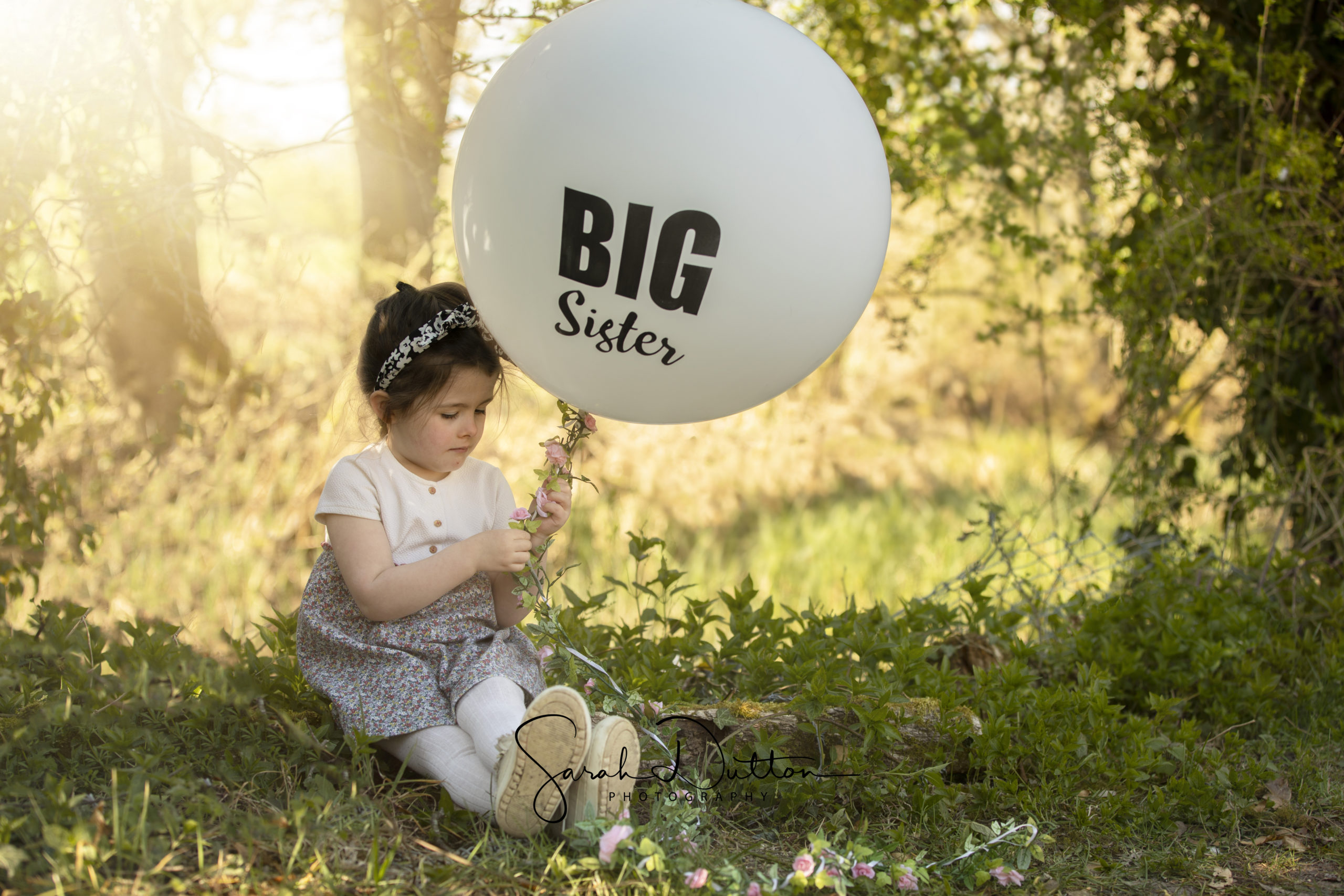 Newborn and family photographer in Whitchurch Hampshire and Andover on an outdoor photography session,